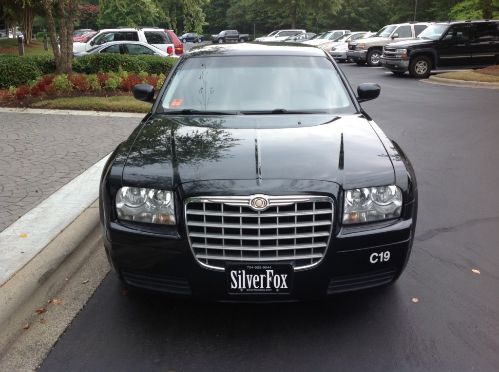 Chrysler 300 - FRONT